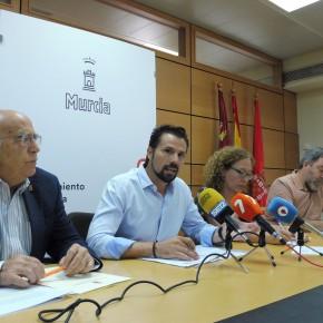 Los grupos de la oposición exigen a Ballesta que respete la pluralidad democrática y cumpla los acuerdos del Pleno
