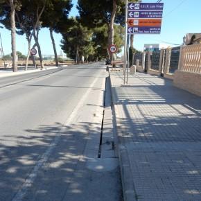 Ciudadanos denuncia que la obstrucción de las canaletas de la N-301 a su paso por El Albujón anega las viviendas adyacentes