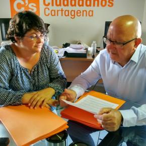 Ciudadanos pregunta en la Asamblea Regional cuándo se eliminará el amianto del colegio José María de Lapuerta