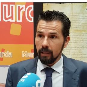 Cs exige a José Ballesta que justifique si hay cesión ilegal de trabajadores en catorce contratos externalizados del Ayuntamiento