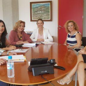La concejalía de Mayores cooperará con la asociación ANAEDE para fomentar el envejecimiento activo
