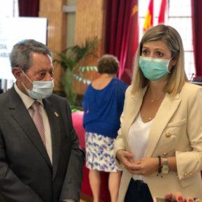 Murcia reconoce en el Día de los Abuelos la entrega de toda una vida